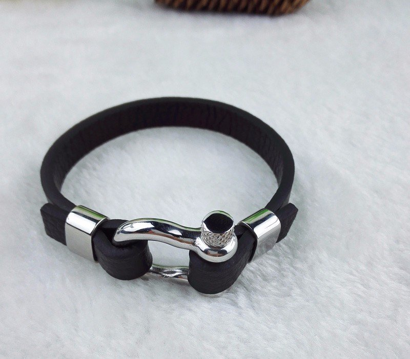 Simple Cow Leather Stainless Steel Turnbuckles Bracelet