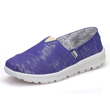 Breathable Slip On Soft Flat Canvas Shoes For Women