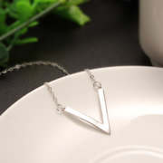 S925 Sterling Silver V Shaped Necklace
