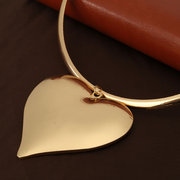 Vintage Simple Larger Heart Pendant Collar Necklace