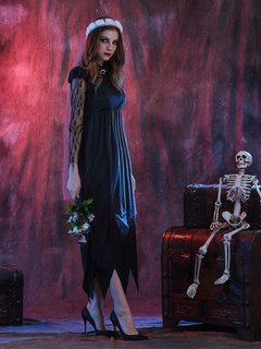 Ghost Bride Lace Layered Halloween Costumes Dress With Headwear