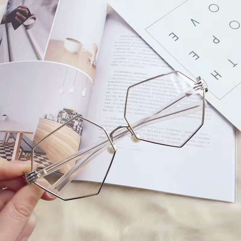 Fashion Vintage Women Palm Frames Polygon Eyeglasses Ladies Pearl Nose Support Glasses