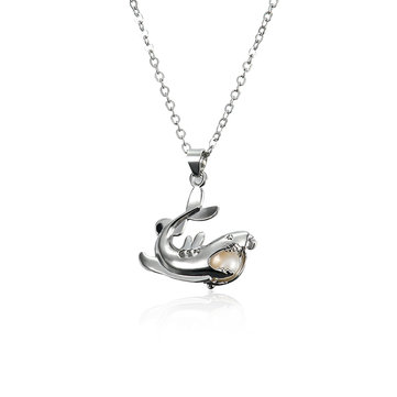 Shark Pendant Pearl Necklace