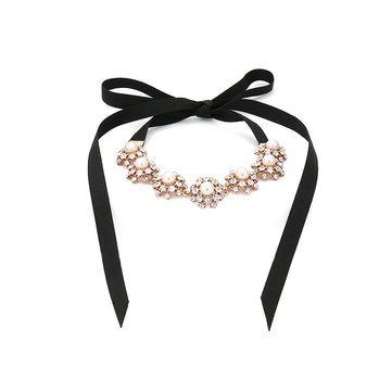Women's Elegant Necklace Pearl Rhinestone Lace Necklace
