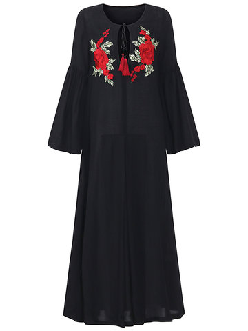Vintage Flower Embroidery Ruffled Sleeve Women Maxi Dresses