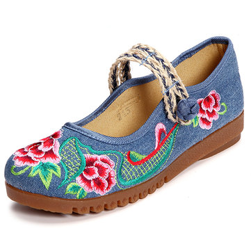 Chinese Knot Flower Embroidered Canvas Flat Retro Shoes